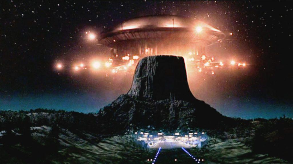 devil s tower ufo bulls eye spooky geology